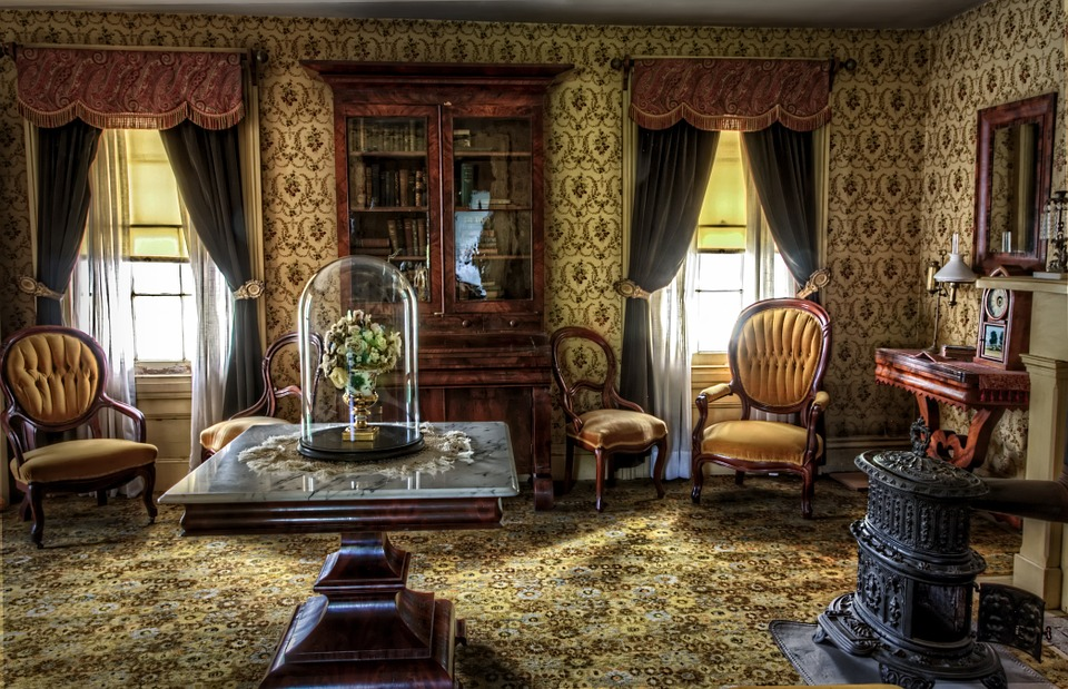 You too, can have antique interiors like this on a budget